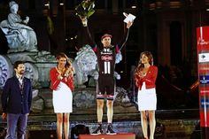 Tom Dumoulin on the podium of La Vuelta 2015 as most combative rider