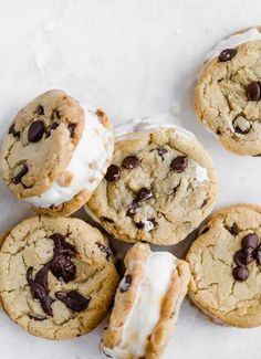 Vanilla Caramel Swirl Ice Cream Sandwiches   Browned Butter Blondie   These giant Vanilla Caramel Swirl Ice Cream Sandwiches made with homemade chocolate chip cookies are the ticket to sweet summer days ahead. Made with slow churned vanilla ice cream swirled with stovetop caramel sauce, these frozen treats are an over the top dessert perfect for all ages. Ice Cream Cookie Sandwich, Ice Cream Cookies, Icecream Sandwich Cake, Homemade Ice Cream Sandwiches, Cookie Sandwiches, Ice Cream Treats, Crinkle Cookies, Ice Cream Toppings, Baking Recipes