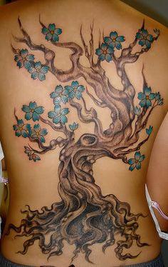 tree tattoos photo: cherry blossom tree on back awesomecherryblossomtreeonback.jpg