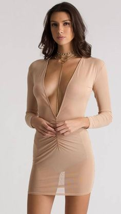 #tshirtstyles #tshirtstyleexploreyourmood #tshirtstyler #tshirtstyle #tshirtstylé #tshirtstylelife #tshirtstylesenseimurah #tshirtstyleonline #tshirtstylekorea #tshirtstyletips Sexy Outfits, Sexy Dresses, Gorgeous Women, Beautiful, New Mode, Look Fashion, Womens Fashion, Classy Fashion, Sexy Skirt