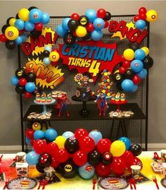 Black color cloth to be used as a back drop Superman Birthday Party, Avengers Birthday, 4th Birthday Parties, 5th Birthday, Birthday Ideas, Superhero Party Decorations, Balloon Decorations, Birthday Party Decorations, Super Hero Decorations