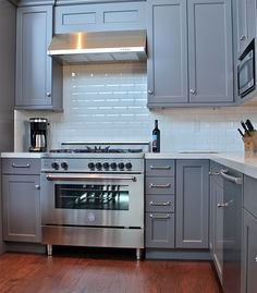 36 Inch Kitchen Cabinets Hgtv Remodels 245 Best Images On Pinterest In 2018 Bertazzoni Master Series Range With Blue Grey