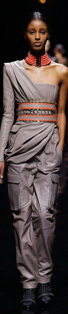 Fashion details | Comment: Spiced Grey. BALMAIN