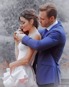 Cute Couple Poses, Cute Love Couple, Turkish Fashion, Turkish Beauty, Romantic Couples, Cute Couples, Wedding Dressses, Couples Images, Hande Ercel