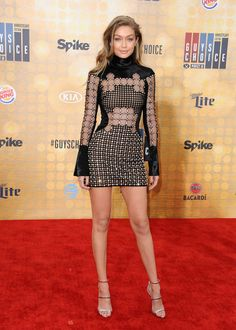 15 best looks from the guys choice awards: Gigi Hadid stuns in a cutout ring mini dress.