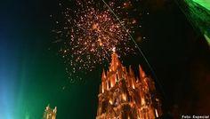 Grito de Independencia en San Miguel de Allende 2014 http://www.portalsma.mx/sma/index.php/noticias/2161-grito-de-independencia-en-san-miguel-de-allende-2014 #SanMigueldeAllende #SMA #Guanajuato #GTO #FiestasPatrias