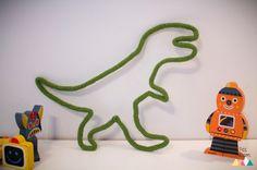 Les Dino Rigolos / Laine et tricotin / Déco murale pour chambre enfant et bébé / Dinosaures bleu et vert / Original et moderne / Fait main