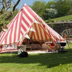 かわいい キャンピング   Strawberries & Cream Bell Tent. 』
