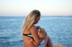 Cum faci ca prima călătorie împreună cu micuțul tău să fie o reușită? Planificarea este cea care te va ajuta să te bucuri de o vacanță frumoasă. Kids And Parenting, Bikinis, Swimwear, Parents, Thong Bikini, Bathing Suits, Dads, Swimsuits, Bikini