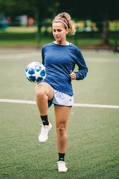 Football Girls, Girls Soccer, Football Outfits, Football Soccer, Football Players Images, Female Football Player, Soccer Players, Worldcup Football, Soccer Pictures