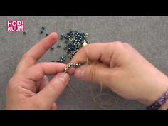 Forse Chain Bracelet Making, Diy Jewelry Videos, Diy Jewelry Rings, Diy Jewelry To Sell, Jewelry Making, Beaded Earrings, Beaded Jewelry, Beaded Bracelets, Jewelry Patterns, Beading Patterns