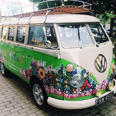 Flower power VW van | kombi