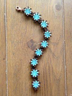 La Fleur bracelet. Pattern by Sabine Lippert
