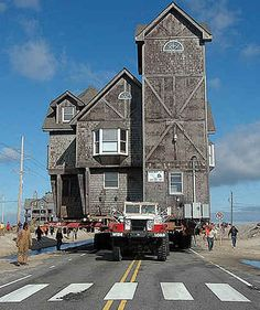 Serendipity on the move. The story of the house in Nights in Rodanthe.  This answers my questions as I could not for the life of me believe a building could  exist where it did.  Amazing story