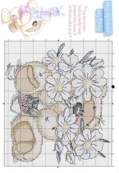 Вышивка крестиком - Мишка в цветах