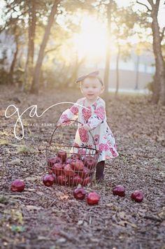 Grace Adams Photography   San Antonio, TX child photographer   9 month old   apples session   www.graceadamsphoto.com