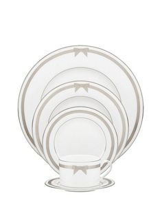 grace avenue 5 piece place setting- Kate Spade