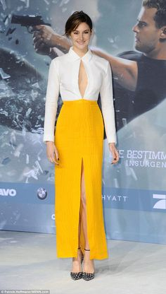 Shailene Woodley shows a hint of sideboob in daring cut-out dress as she joins co-star Theo James at Berlin premiere of Insurgent  Read more: http://www.dailymail.co.uk/tvshowbiz/article-2994110/Shailene-Woodley-shows-hint-sideboob-daring-cut-dress-joins-star-Theo-James-Berlin-premiere-Insurgent.html#ixzz3UJDC3CVr Follow us: @MailOnline on Twitter   DailyMail on Facebook