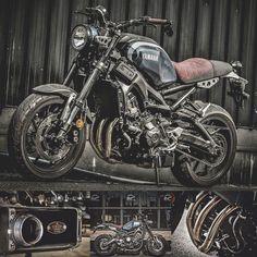 """2,778 curtidas, 7 comentários - Zeus Custom (@zeuscustom) no Instagram: """"Yamaha XSR900 with Zeus Custom Apollo Triple Exhaust. #zeuscustom #exhaust #yamaha #xsr900"""""""