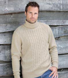 Strickpullover: Der ideale Pullover für Ihre Waldspaziergänge: http://www.atlasformen.de/products/neue-kollektionen/indian-summer-in-kanada/strickpullover/46927.aspx