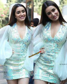 Indian Bollywood Actress, Indian Actresses, Pori Moni, Shraddha Kapoor Cute, Super Images, Tiger Shroff, Bollywood Stars, Hottest Photos, Indian Beauty