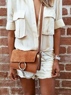 150 Gorgeous Fashion Images to Pin Right Now Fashion Images, Look Fashion, Chloe Fashion, Catwalk Fashion, Fashion Mode, Woman Fashion, Latest Fashion, Fashion Trends, Camisa Camel