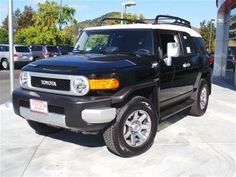 2014 Toyota FJCruiser Base 4x4 4dr SUV 5A SUV 4 Doors Black for sale in San rafael, CA Source: http://www.usedcarsgroup.com/used-toyota-for-sale-in-san_rafael-ca