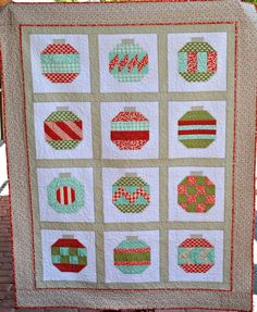 Christmas Quilt!!! Could make from scraps