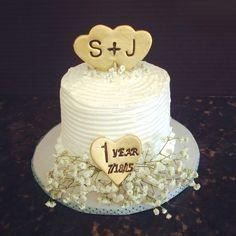 Vintage themed Happy Anniversary Cake
