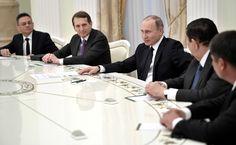 http://static.kremlin.ru/media/events/photos/big2x/drQFbmOmJ2NOi1ys3vAw4sI9zXIaAswH.jpg