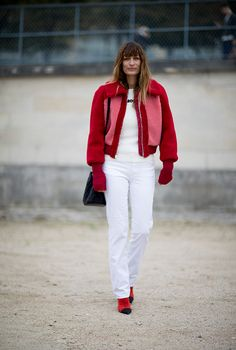 Fashion month has come to an end, but not before Buro 24/7 offers the world a showcase of on-trend street styles shown in Paris...