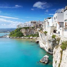 Vieste, the main town in the Gargano region, faces the Adriatic from atop its limestone cliffs. Image by Lonely Planet Traveller