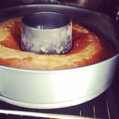 Selfmade citron cake in the oven #amyslove