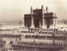 Gateway_of_India,_Bombay._1911.JPG (JPEG Image, 2000×1507 pixels) - Scaled (59%)