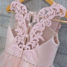 #welovesdetail #honeybeekids #honeybee_kids Wedding Dresses For Kids, Little Dresses, Little Girl Dresses, Girls Dresses, Flower Girl Dresses, Little Girl Fashion, Toddler Fashion, Kids Fashion, Dress Anak