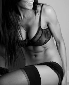 I'd love to have abs like hers. Great blog for exercises, daily tips and motivation