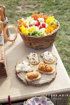 hippie chic wedding ideas - Wedding Home Hippie Chic Weddings, Hippie Party, Gypsy Party, Best Brunch Recipes, Brunch Buffet, Brunch Wedding, Wedding Reception, Catering, Healthy