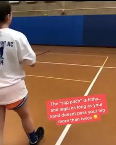 What do you all think about this pitch? 🤔 via Danielle Manhart-Faulkner.insta The specific varieties Softball Pitching Drills, Softball Chants, Softball Workouts, Softball Players, Girls Softball, Fastpitch Softball, Softball Stuff, Softball Room, Softball Gear