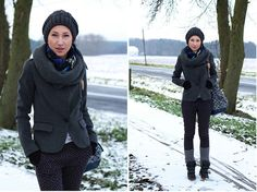 The *plain december (by Nina Dunin) http://lookbook.nu/look/4400305-the-plain-december