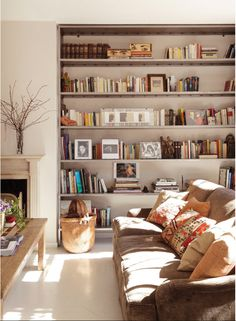 - Living Room ideas - I'm really into the built in bookcase and light floors