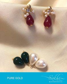 H Gold Jhumka Earrings, Gold Earrings Designs, Gold Jewellery Design, Necklace Designs, Gold Jewelry Simple, Beaded Jewelry Patterns, Ear Rings, Designer Earrings, Beautiful Earrings