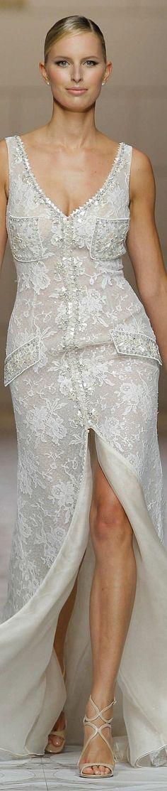 Wedding Dresses Encaje Summer 2015 58 New Ideas Beauty And Fashion, White Fashion, Beautiful Gowns, Beautiful Outfits, Fashion Week, Runway Fashion, Bridal Dresses, Bridesmaid Dresses, Bridal 2015