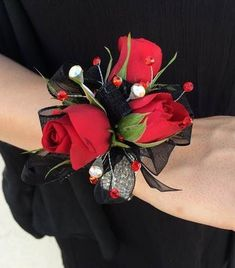 2 Piece wrist corsage and boutonniere in red roses Black Corsage, Red Corsages, Prom Corsage And Boutonniere, Flower Corsage, Corsage Wedding, Boutonnieres, Crosage Prom, Homecoming Flowers, Wedding Bouquets