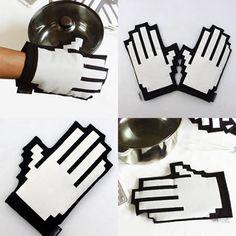 8-Bit Hand Mitt