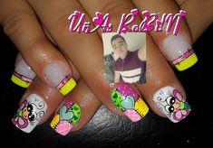 La imagen puede contener: una persona, primer plano La Nails, Nail Art, Instagram Posts, Beauty, Art Nails, Fingernails Painted, Disney Nails, Pink Nails, Cosmetology