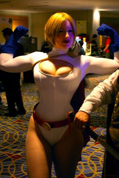 Power Girl by BelleChere photographed by MVPartsch#Cosplay