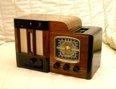 Old Antique Wood Musicaire Vintage Tube Radio -Restored Working Art Deco Classic. eBay auction ends tonight at 10:30 PM eastern!