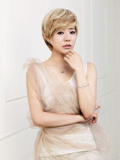 Name: Soonkyu Lee Stagename: Sunny Member of: Girls Generation Birthdate: 15.05.1989