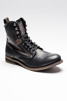 Leather work boots | Cat Orson
