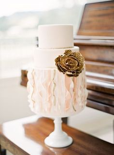 beautiful cake with sugar ribbons by My Sweet & Saucy, photo by Jen Huang